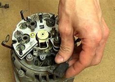 Замена щеток на генераторе в автомобиле